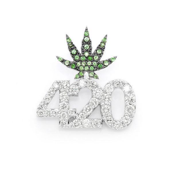 420 Weed Leaf Pendant 14K   0.97ctw