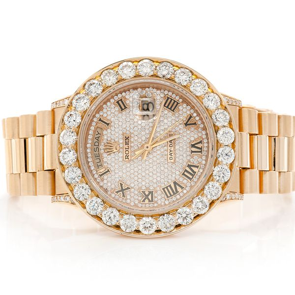 Pre-owned Rolex Day-Date 36MM 18K  8.40ctw