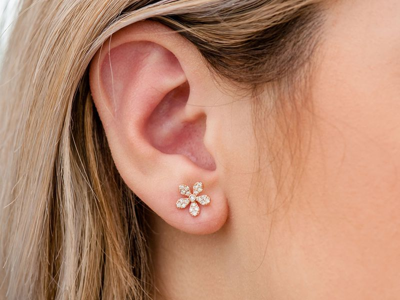 Flower Stud Earrings 14K   0.35ctw