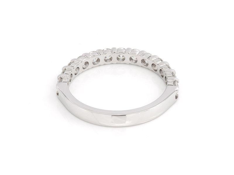 Single Row Ring 18K   0.74ctw
