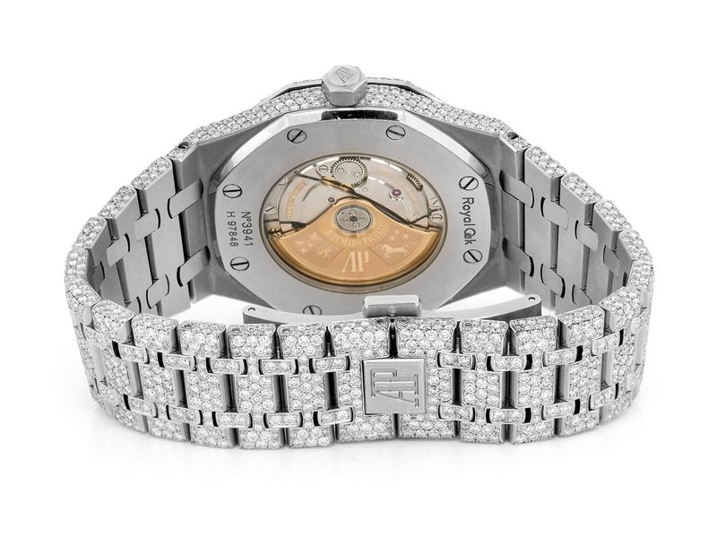 Custom Audemars Piguet - -  Male 23.50ctw