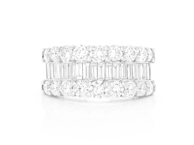 1 Row Baguette Ring 14K   4.40ctw