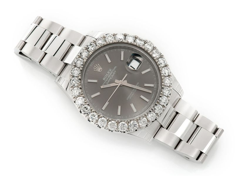 Pre-owned Rolex Datejust 41MM SS  7.22ctw