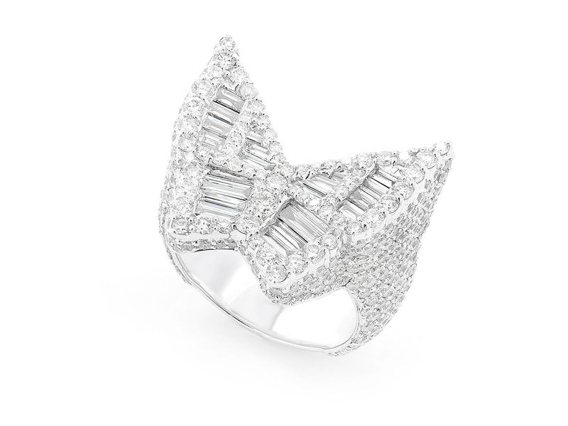 Baguette Butterfly Side Pave Signet Ring 14K   5.20ctw