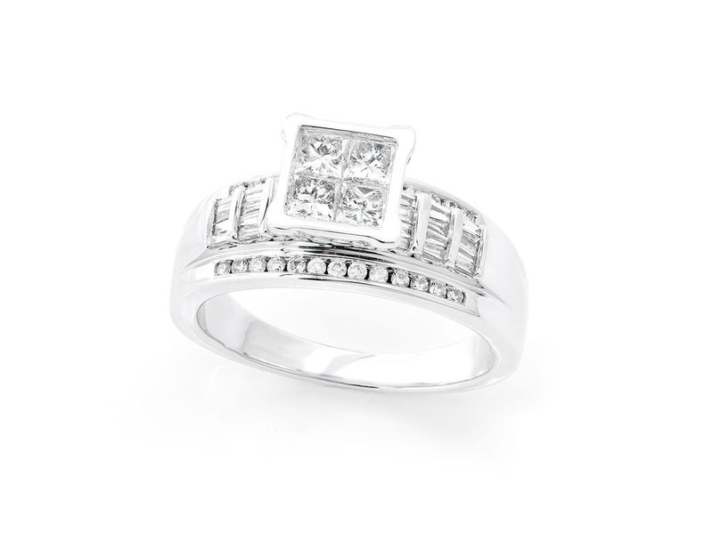 Princess Cut Cluster Top Round Band Ring 18K   0.92ctw