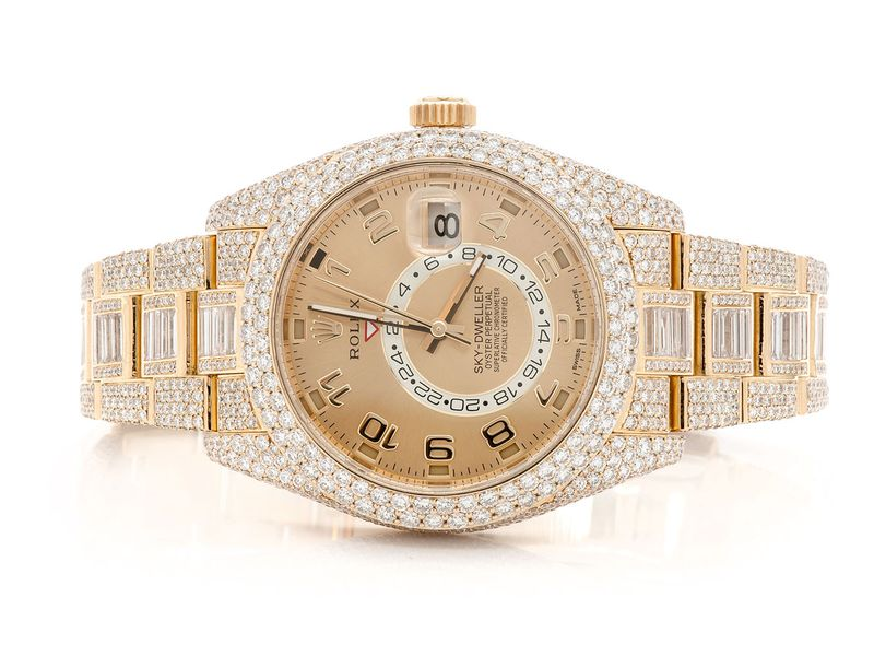 Pre-owned Rolex Sky-Dweller 42MM 18K  23.90ctw