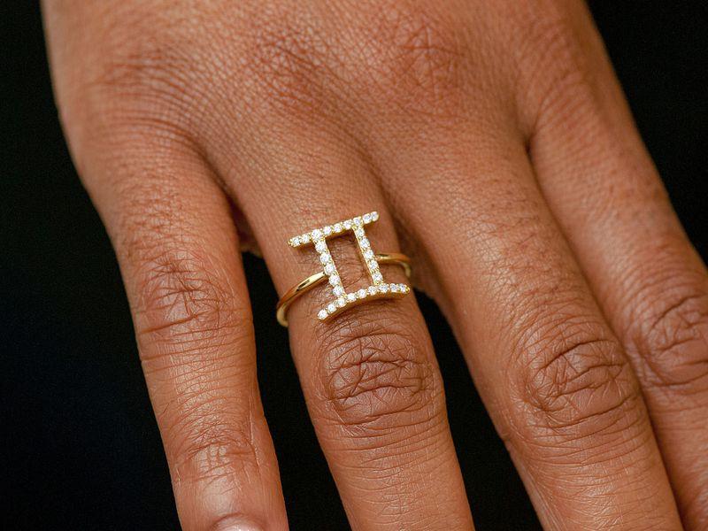 Gemini Zodiac Ring 14K   0.14ctw