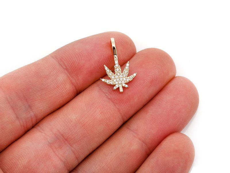 Mini Weed Leaf Pendant 14K   0.13ctw