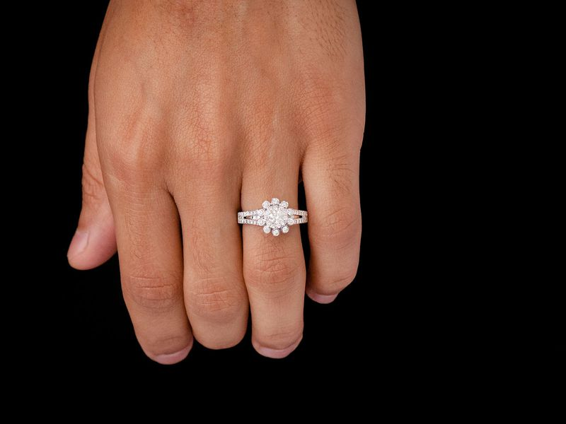 Flower Halo Ring 14K   1.03ctw