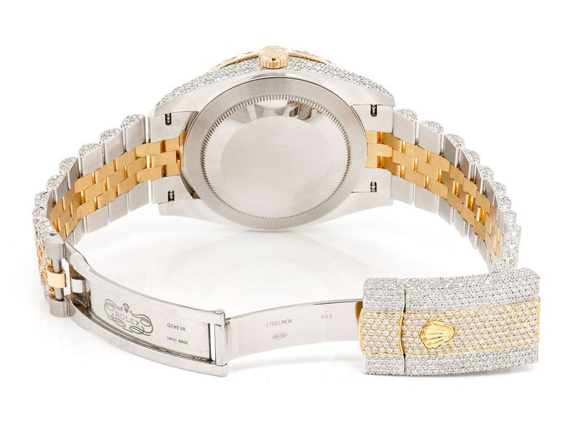 Rolex Datejust 21.01ctw 18K