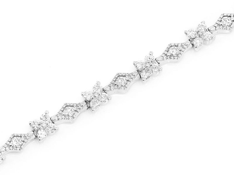 Geometric Shape Bracelet 14K   1.10ctw
