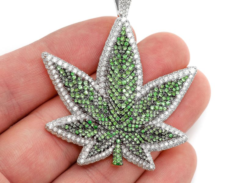 Green Weed Leaf Pendant 14K   7.86ctw