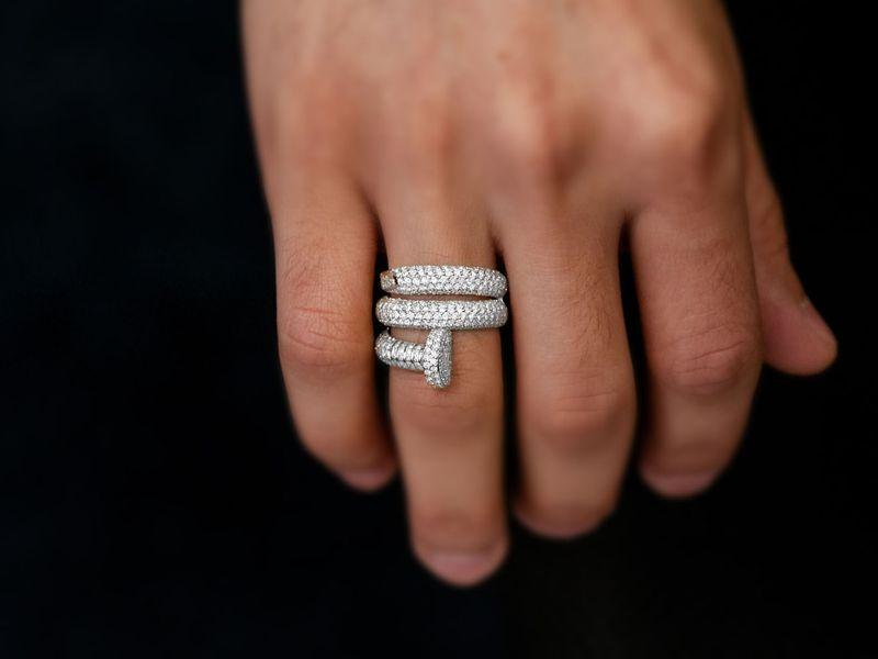 Nail Wrap Around Ring 14K   2.93ctw